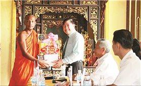 Đồng bào Khmer ở Vĩnh Long: Đón Sen Đolta ấm cúng, an lành, tiết kiệm