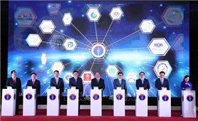 Thủ tướng Nguyễn Xuân Phúc: Nhanh chóng mở rộng mạng lưới khám, chữa bệnh từ xa