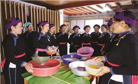 Bảo tồn văn hóa để phát triển du lịch