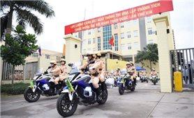 Cảnh sát giao thông ra quân bảo đảm an toàn giao thông dịp Tết