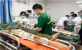 Nghệ An: Tai nạn lao động khiến nhiều công nhân nhập viện cấp cứu