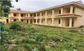 Minh Hóa (Quảng Bình): Nhà nội trú tiền tỉ xây xong rồi bỏ hoang ?