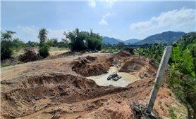 Cam Lâm (Khánh Hòa): Loạn tình trạng khai thác cát trái phép