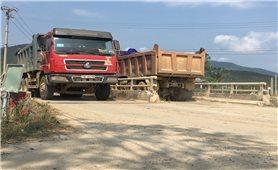 Bình Định: Xe quá tải tung hoành trên tỉnh lộ 639, coi thường sự an toàn của người dân
