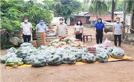 Tây Ninh: Hỗ trợ nhu yếu phẩm kịp thời đến đồng bào dân tộc Chăm