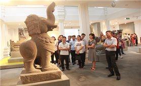 2 cổ vật điêu khắc Chăm được công nhận bảo vật quốc gia