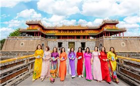 Huế miễn vé tham quan di tích cho người mặc áo dài truyền thống