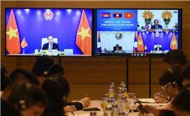 Ba Thủ tướng Việt Nam, Lào, Campuchia hội đàm trực tuyến