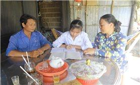 Xóm làng êm ấm nhờ vai trò của Người có uy tín