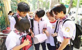 Trước ngày 28/5, học sinh nhận giấy chứng nhận tốt nghiệp tạm thời