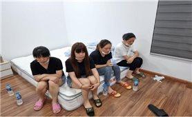 Bắt quả tang 11 người Trung Quốc nhập cảnh