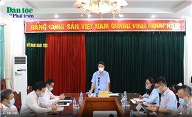Bộ trưởng, Chủ nhiệm Ủy ban Dân tộc Hầu A Lềnh làm việc với Báo Dân tộc và Phát triển