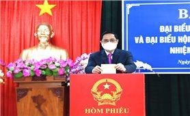 Thủ tướng Phạm Minh Chính bỏ phiếu bầu cử tại TP. Cần Thơ