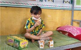 Điện Biên: Nhiều phần quà gửi tặng trẻ em nhân Ngày Quốc tế Thiếu nhi