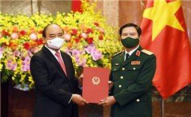 Chủ tịch nước trao Quyết định bổ nhiệm Tổng Tham mưu trưởng QĐND Việt Nam