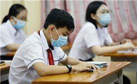 Hà Nội: Thí sinh thi lớp 10 tiếp tục nghe phổ biến quy chế thi bằng hình thức trực tuyến