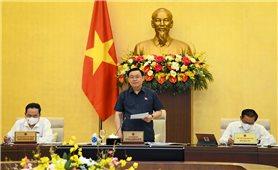 Chủ tịch Quốc hội Vương Đình Huệ phát biểu khai mạc Phiên họp thứ 57 của Ủy ban Thường vụ Quốc hội