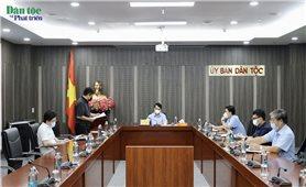 Bộ Trưởng, Chủ nhiệm UBDT Hầu A Lềnh làm việc với Ngân hàng Thế giới về Chương trình DPO