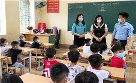 Yên Bái: Học sinh, sinh viên tựu trường bắt đầu năm học mới