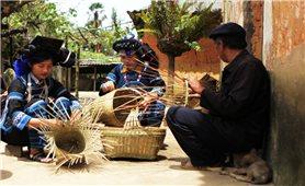 Nghề đan lát của dân tộc Hà Nhì ở vùng cao Y Tý