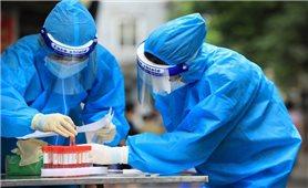 Hà Nội xét nghiệm diện rộng, tiêm chủng vaccine phòng, chống COVID-19 cho người dân trên toàn thành phố