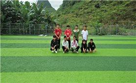 Nông dân người Dao xây dựng sân bóng đá trên vùng cao Mèo Vạc