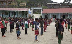 Giáo Hội phật giáo Việt Nam tỉnh Hà Giang: Trao tặng máy tính cho cơ sở giáo dục