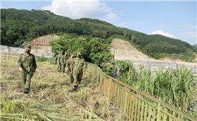 Đồn Biên phòng Cửa khẩu Quốc tế Thanh Thủy tổ chức tuần tra, kiểm soát song phương