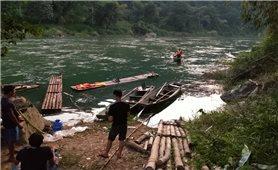 Thông tin mới nhất về vụ lật thuyền ở Hà Giang: Công tác tìm kiếm nạn nhân vẫn đang được tích cực thực hiện