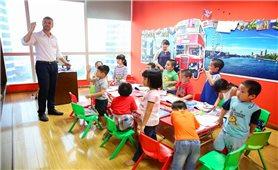 Trẻ mầm non làm quen với tiếng Anh: Nên hay không?