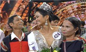 Hoa hậu hoàn vũ H'Hen Niê: Nguồn cảm hứng sống tích cực cho những cô gái Tây Nguyên