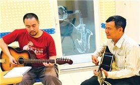 Junichi Usui-người Nhật mê âm nhạc Việt Nam