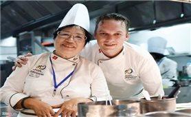 Người nấu ăn cho quan khách APEC 2017