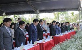 Phó Thủ tướng Thường trực Trương Hòa Bình dự Lễ tưởng niệm 50 năm đồng bào Sơn Mỹ bị sát hại