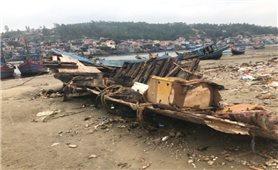 Cảng Lạch Bạng (Thanh Hóa) bị bồi lấp: Bao giờ hàng trăm con tàu được ra khơi?