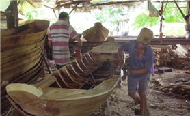Làng nghề truyền thống ăn theo mùa nước nổi