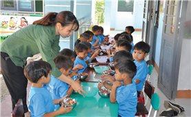 Hỗ trợ giáo dục vùng DTTS và miền núi: Cần sát với thực tiễn