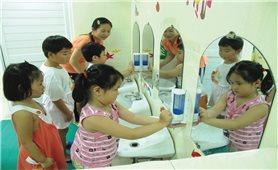 Ngăn chặn bệnh tay-chân-miệng ở trẻ em