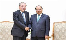 Thủ tướng Nguyễn Xuân Phúc tiếp Chủ tịch Tập đoàn Tài chính hàng đầu Nhật Bản