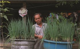 Trưởng bản Vừ Tồng Mà với sự phát triển ở Lưu Thông