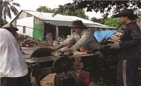 Về đích nông thôn mới và giữ làng nghề: Bài toán khó ở Xuân Hòa