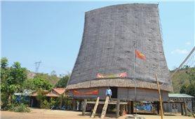 Hồn cốt làng cổ Kon Kơ Tu