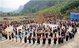 Giáo dục truyền thống thông qua lễ hội