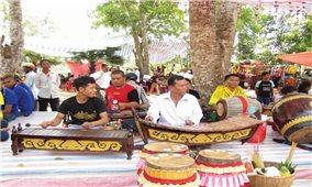 Vĩnh Long: Đồng bào Khmer đón Lễ Sen Đolta an lành, hạnh phúc