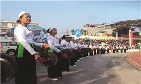 Lễ hội, nghi lễ truyền thống: Cần giữ chuẩn mực khi sân khấu hóa