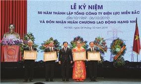 Tổng Công ty Điện lực miền Bắc đón nhận Huân chương Lao động hạng Nhì