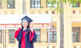 Cô sinh viên dân tộc Nùng và thành tích học tập đáng nể