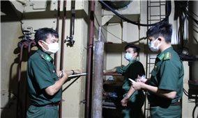 Kiên Giang: Bộ Đội Biên phòng phát hiện phương tiện chứa khoảng 15.000 lít dầu DO không rõ nguồn gốc
