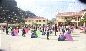 Lào Cai: Bảo tồn văn hóa trong trường học