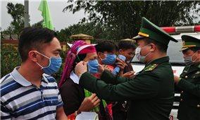 """Quảng Ninh: Bộ đội Biên phòng sát cánh với Nhân dân ngăn ngừa """"giặc"""" Covid- 19"""